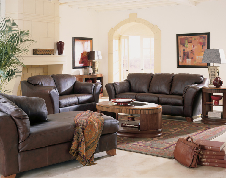 Living room furniture ideas for small rooms interior for Small living room furniture