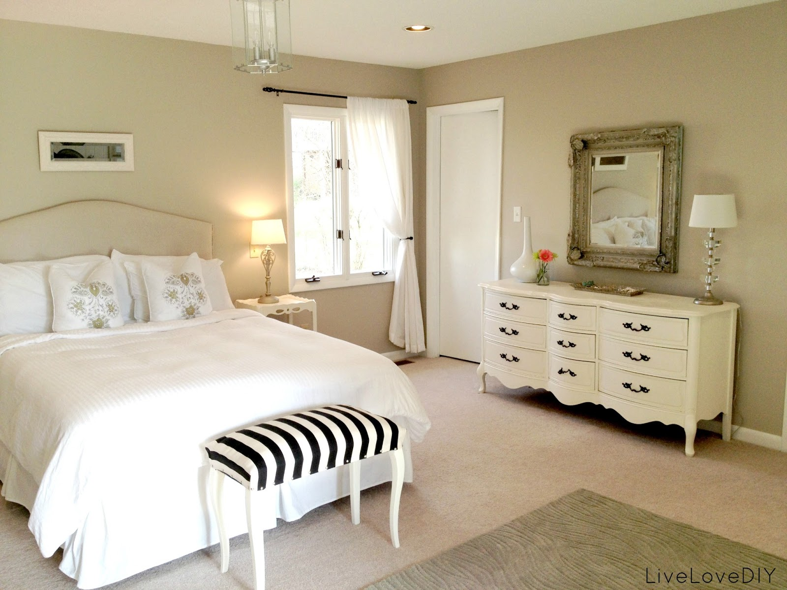 master bedroom furniture arrangement ideas photo - 1