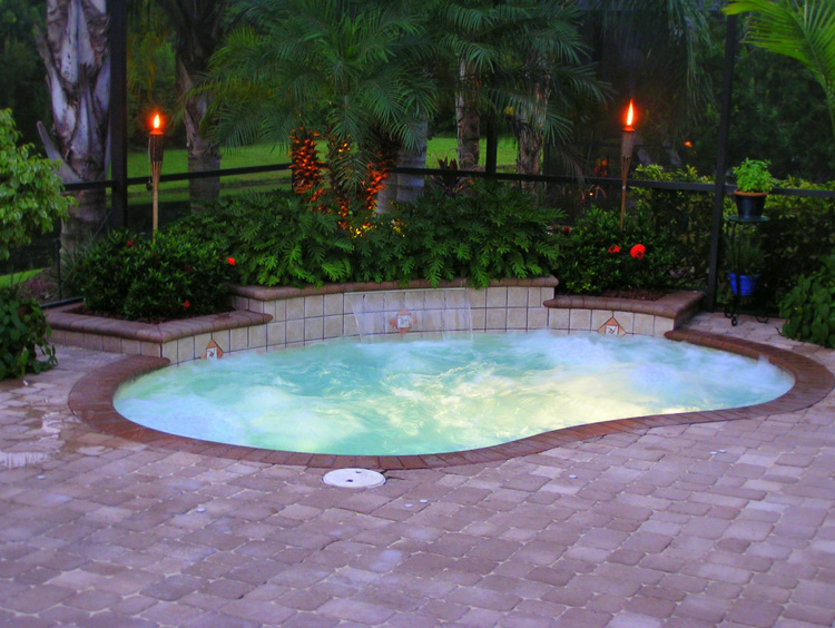 mini swimming pool designs photo - 3
