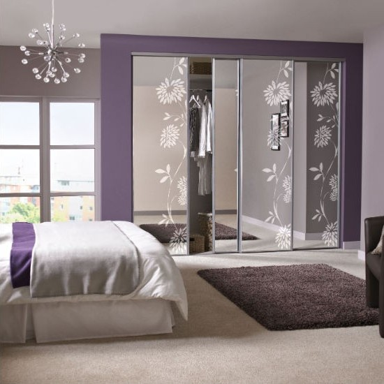 mirrored bedroom furniture ideas photo - 1