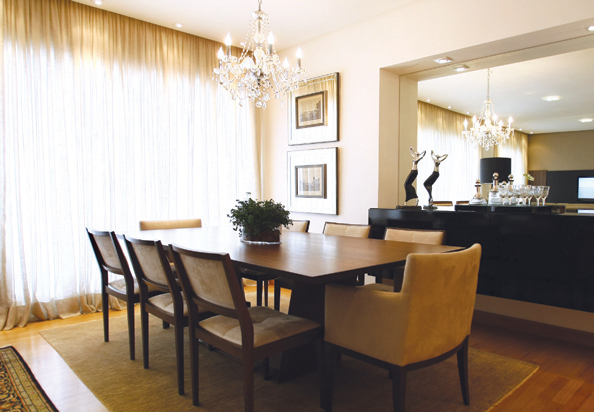 modern classic dining room photo - 2