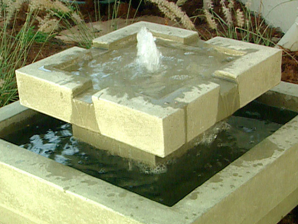 modern water fountains for gardens photo - 4