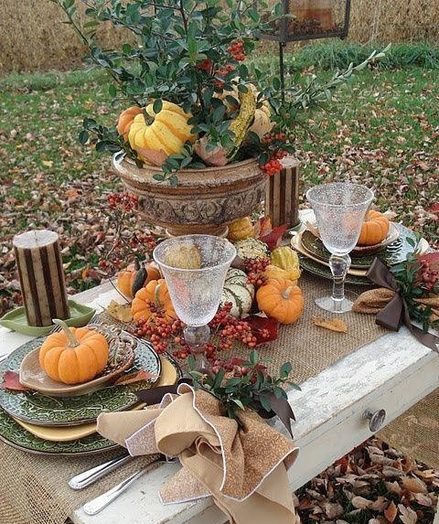 outdoor dining table decorating photo - 5