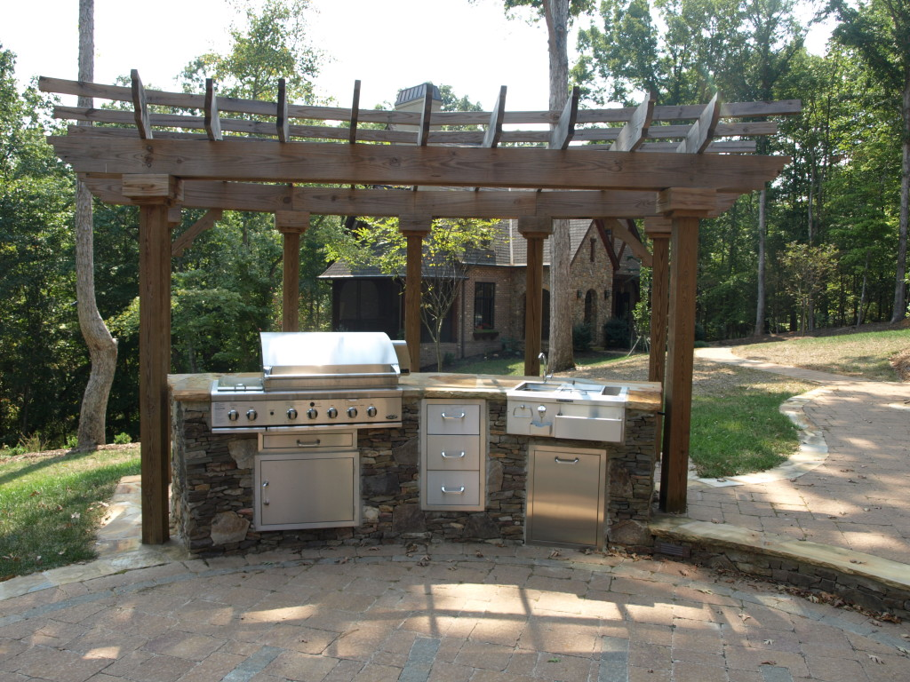 outdoor kitchen and fireplace designs photo - 5