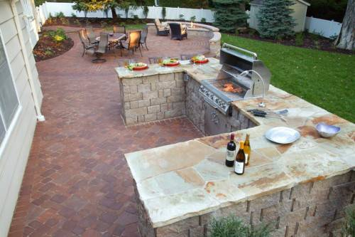 outdoor kitchen and patio omaha photo - 2