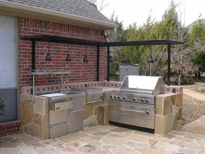 outdoor kitchen fireplace photo - 5