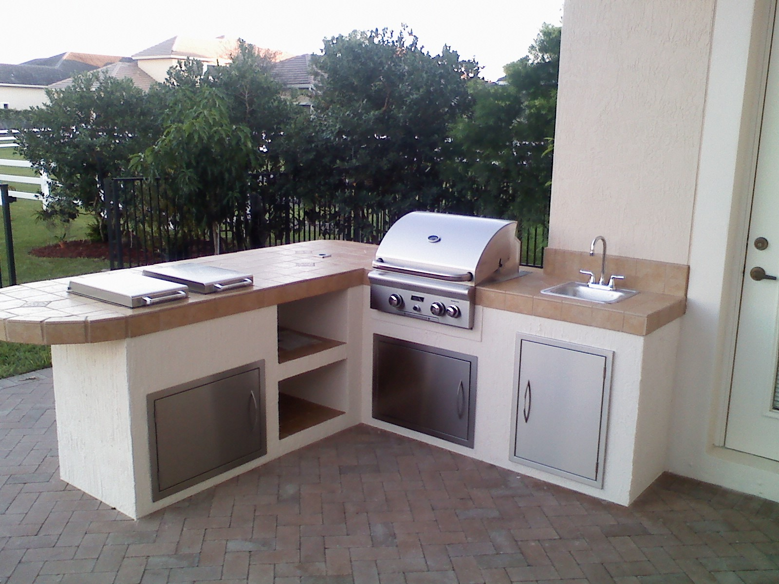 outdoor kitchen grill island photo - 6