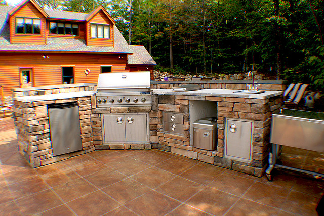 outdoor kitchen ice maker photo - 3