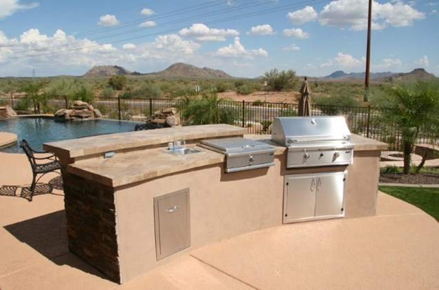 outdoor kitchen landscaping photo - 3