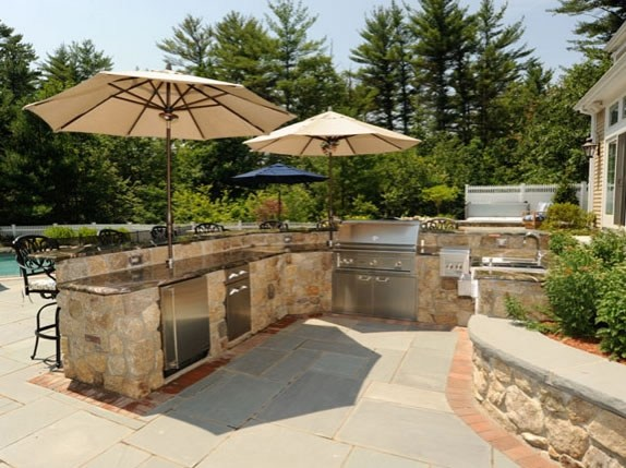 outdoor kitchen landscaping photo - 6