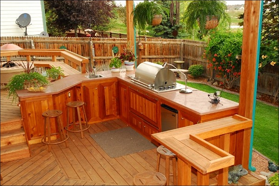 Reasons to make outdoor kitchen on deck interior for Deck kitchen ideas