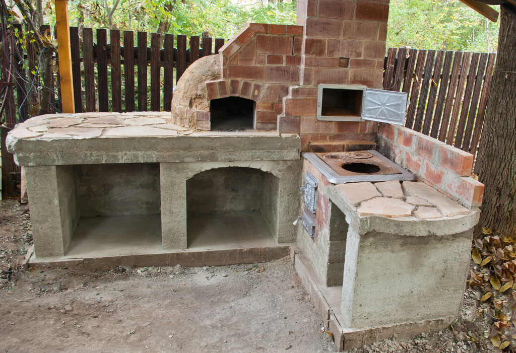 outdoor kitchen oven photo - 1