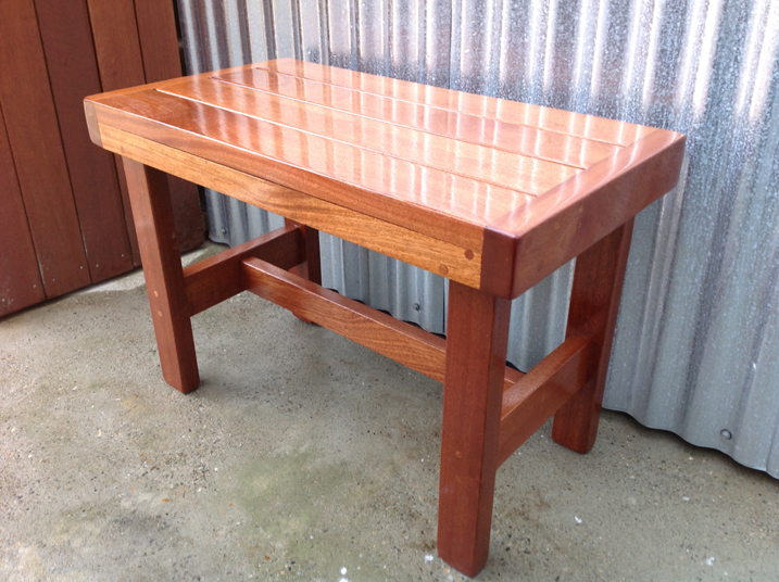 outdoor shower bench photo - 4