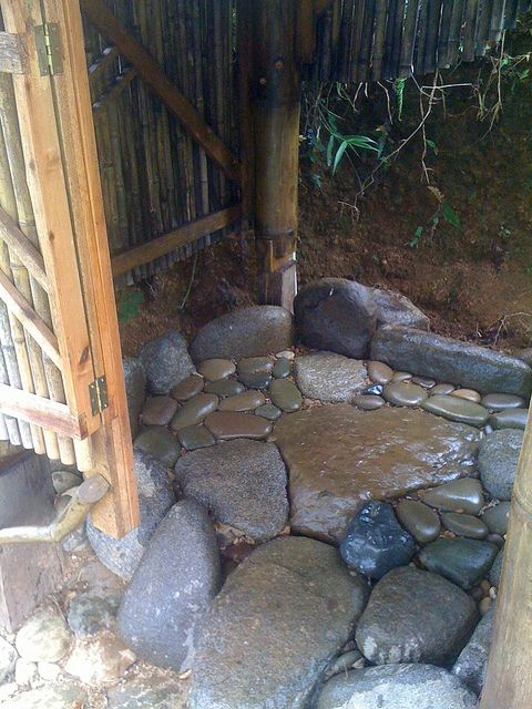 outdoor shower floors photo - 4