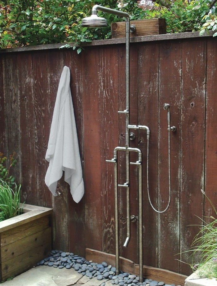 outdoor shower head photo - 5