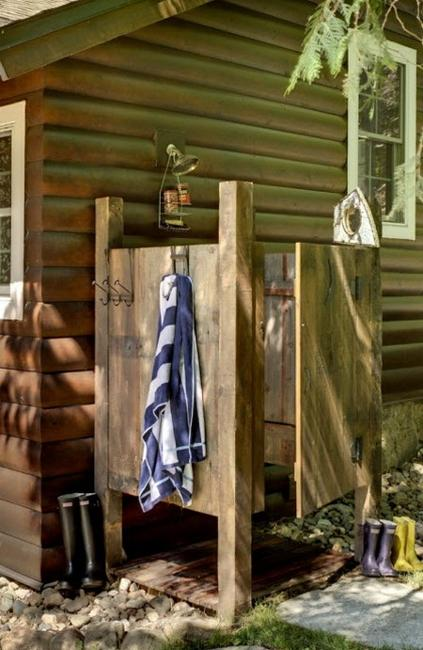 outdoor shower layout photo - 6