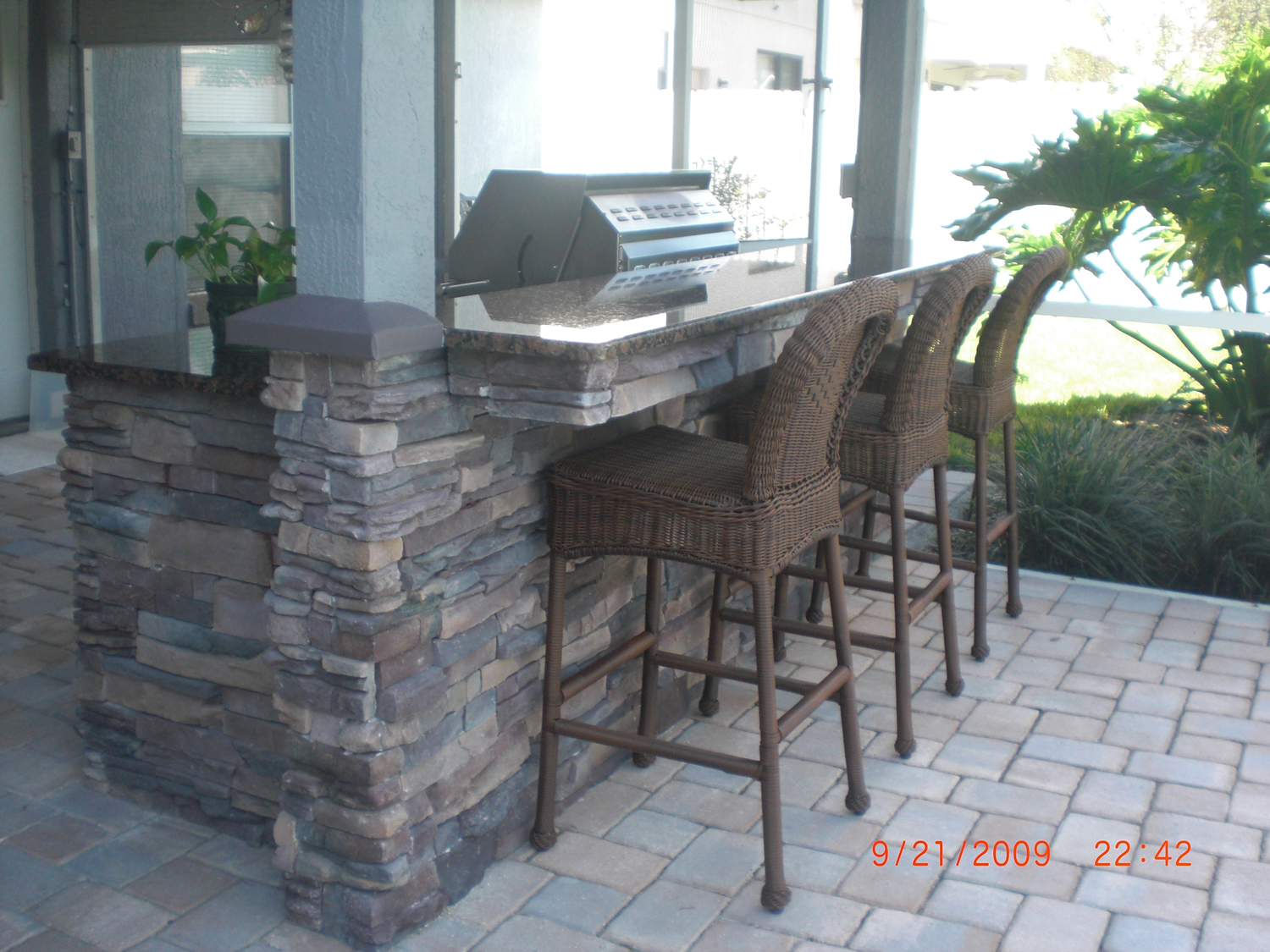 outdoor stone bar designs photo - 5
