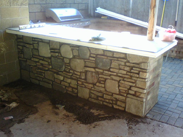 outdoor stone bar designs photo - 6