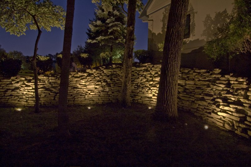 outdoor wall accent lighting photo - 6
