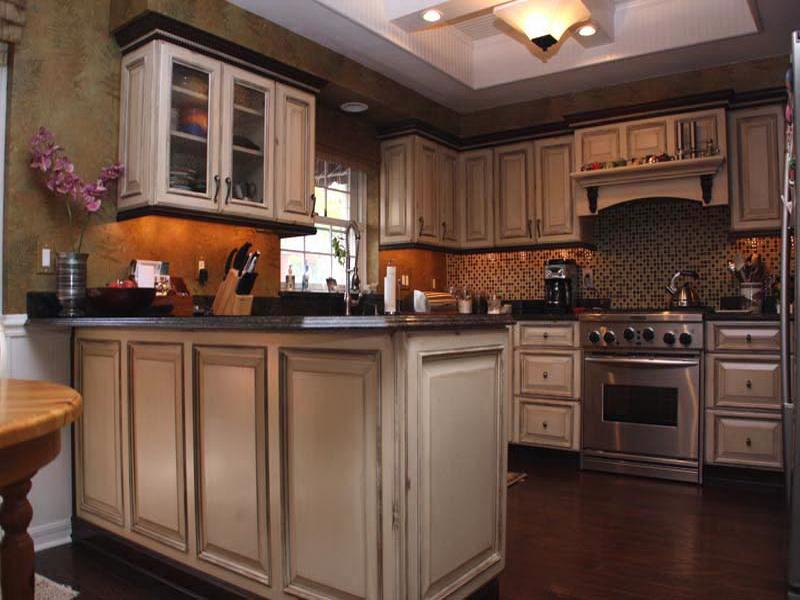 painting kitchen cabinets good idea photo - 3
