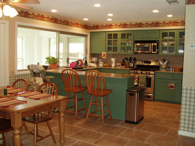 painting old kitchen cabinets ideas photo - 5