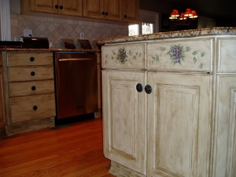painting old kitchen cabinets ideas photo - 6
