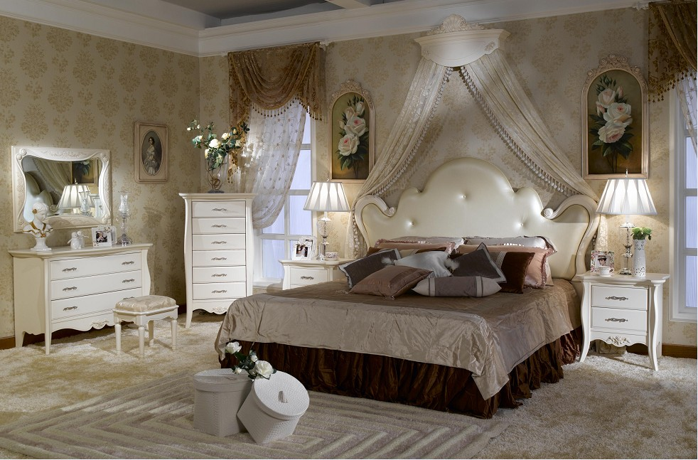 parisian mirrored bedroom furniture photo - 6