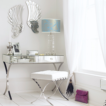 pier 1 mirrored bedroom furniture photo - 6
