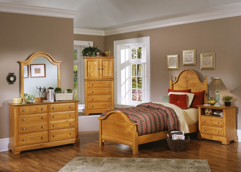 pine bedroom furniture decorating ideas photo - 5