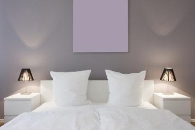 proper bedroom lamp height photo - 3