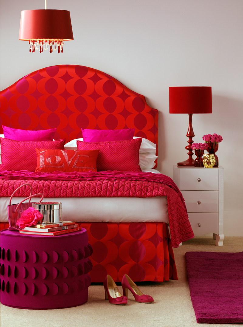 red bedroom furniture ideas photo - 3