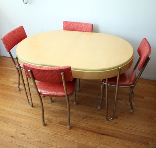 red retro kitchen table chairs photo - 4