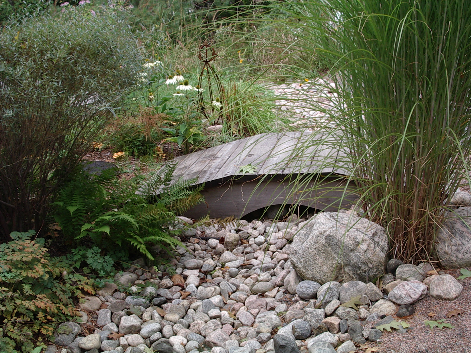 river rock gardens photo - 2