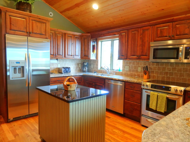 rustic country kitchen cabinets photo - 1