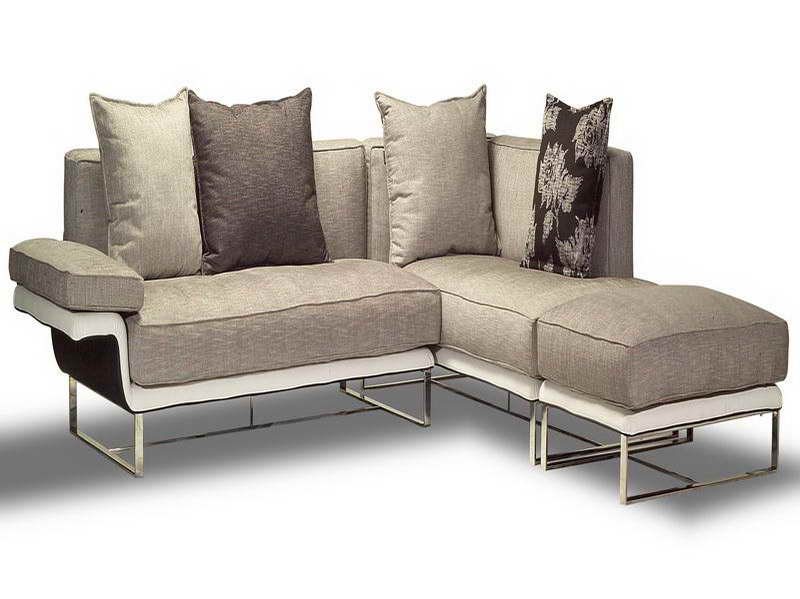 sleeper sofa for small spaces photo - 3