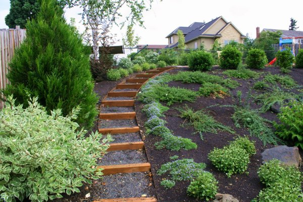 sloped garden plans photo - 3