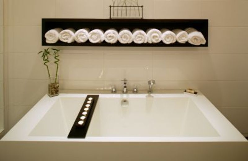 spa bathroom accessory ideas photo - 3