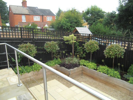 steeply sloping garden design ideas photo - 4