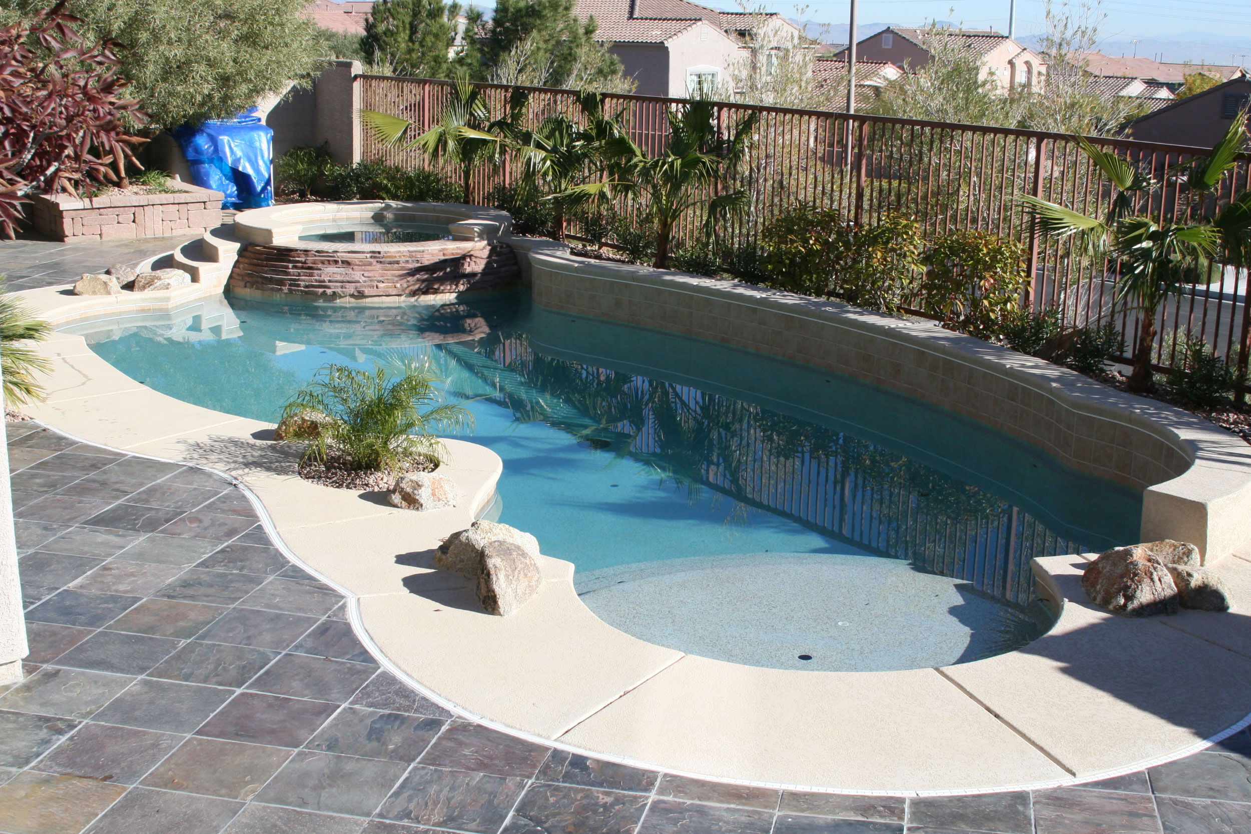 swimming pool designs small yards photo - 5