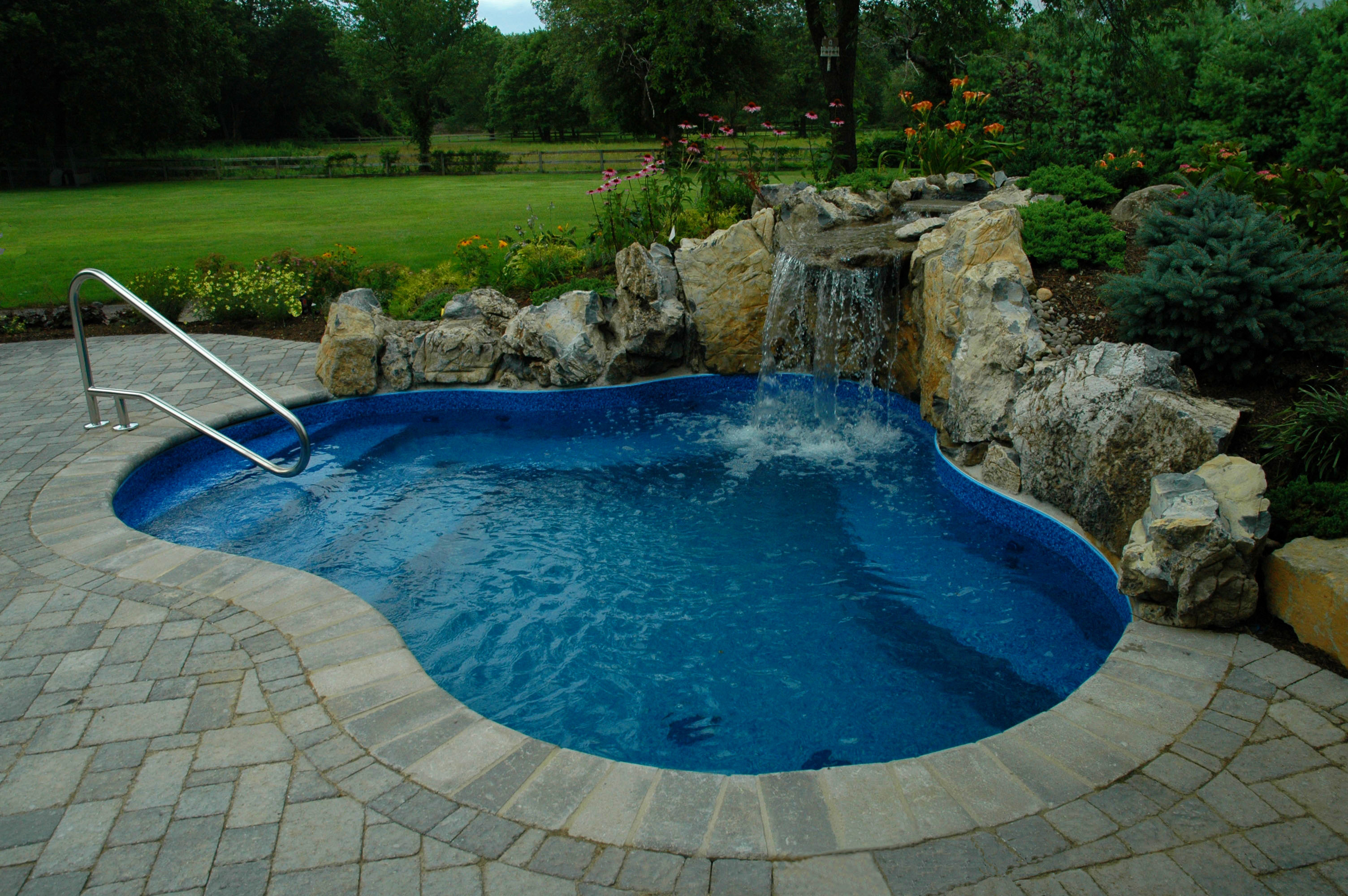 swimming pool designs with decking photo - 3