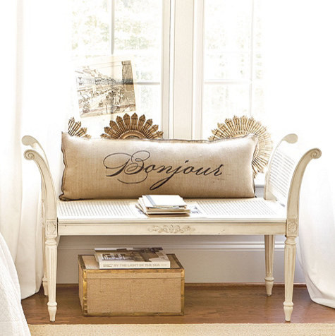 Charming Traditional Bedroom Benches Photo   4