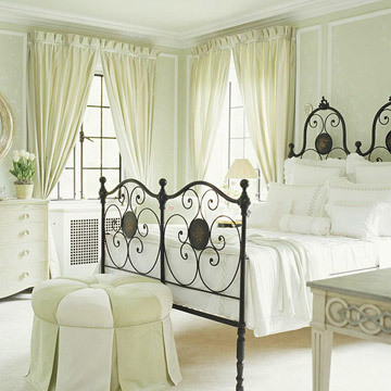 traditional bedroom curtains photo - 2