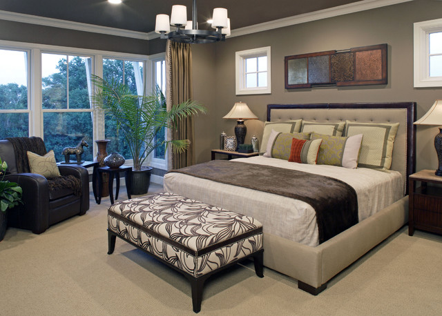 traditional contemporary bedroom photo - 3