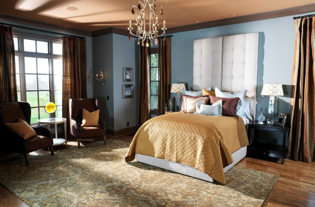 traditional english bedroom design photo - 3