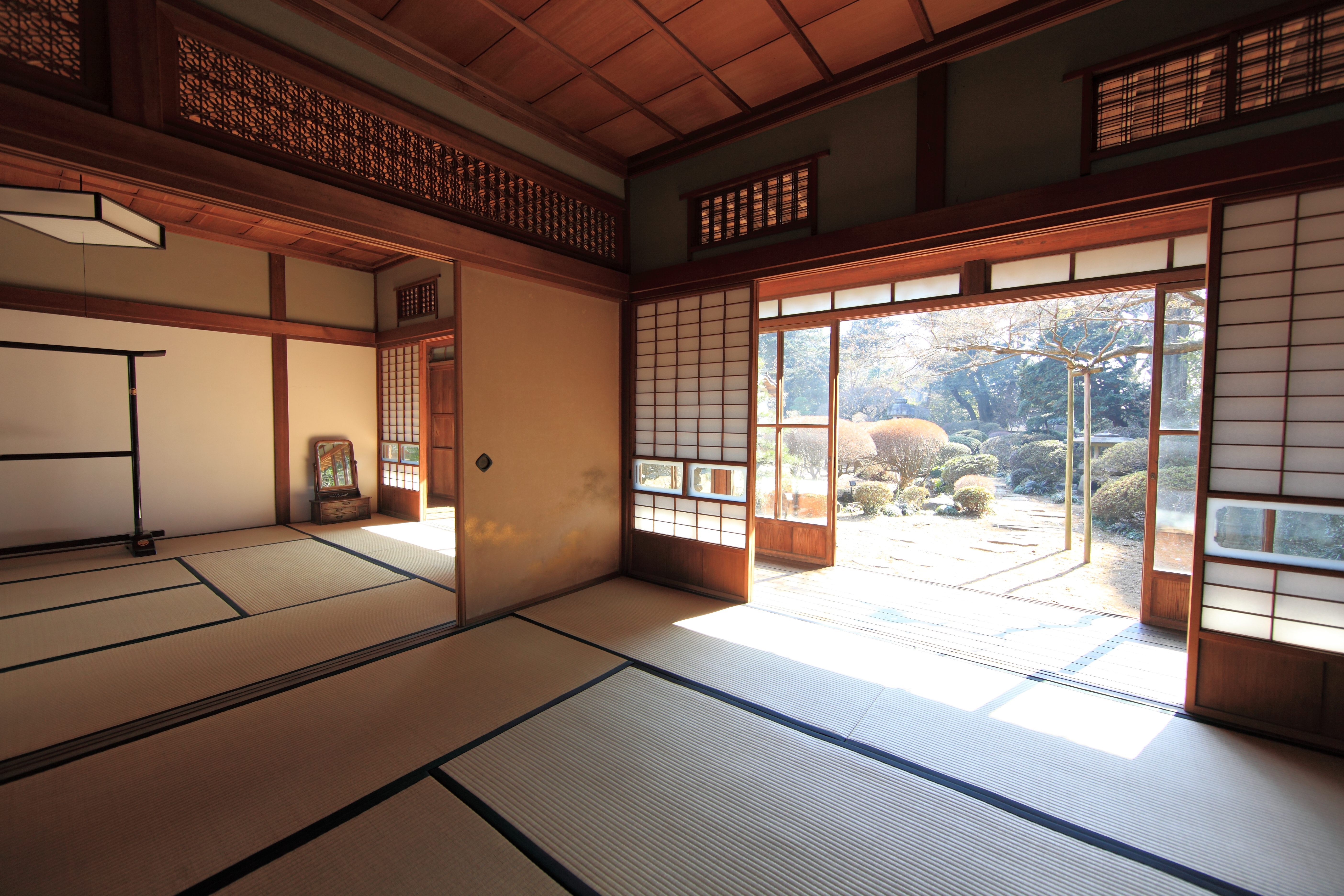Traditional Japanese House Interior Photo   1