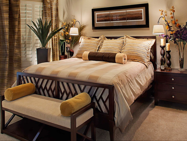 traditional modern bedroom decorating photo - 1