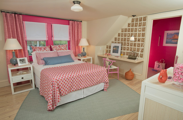 traditional pink bedroom photo - 4