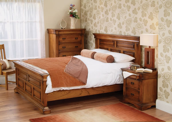 traditional quality bedroom furniture photo - 6