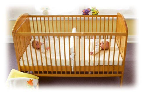 twin baby crib divider photo - 6