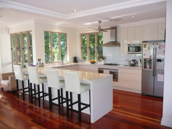 u shaped kitchen photo - 6